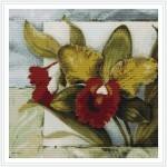 Декоративные цветы на картинах, вышитых своими руками